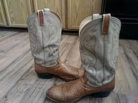 Dan post boots size 12 Martindale, 78655