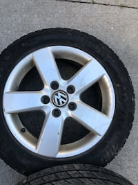 Vw rims 16 inch with tires Mississauga, L5A