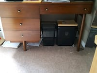 brown wooden single pedestal desk Warwick, 02886