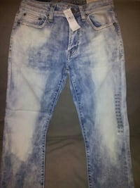 NWT American Eagle Outfitters Size 28x30 Worth 60!