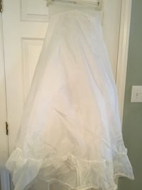 Size 8 Wedding Dress Undergarment Cary