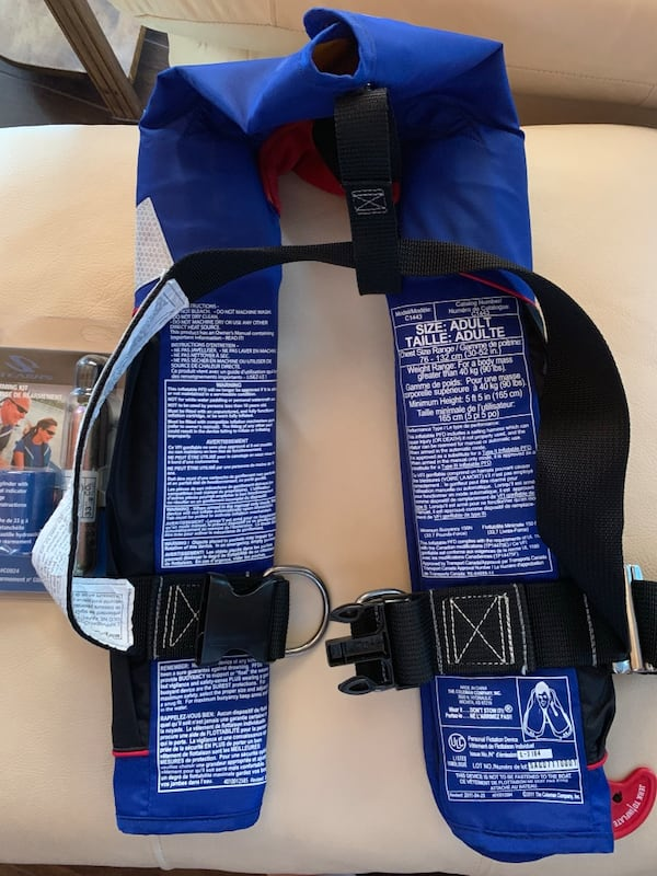 PRICE DROP - Stearns Personal Flotation Device+additional Rearming Kit 26682502-8502-44ca-a91b-41e9c124f909