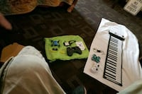 Keyboard  portable  battery operated and well outlet also