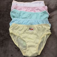 6 new girls undies  New Westminster, V3M 0A9