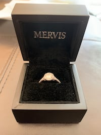 Mervis Halo engagement ring LOCAL OFFERS ONLY Bethesda