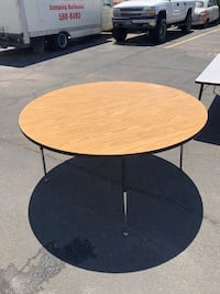 4ft and 5ft Round Tables - Adjustable height - $30, $40