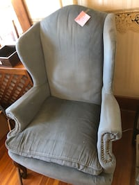 Vintage Wing Chair  Halethorpe, 21227