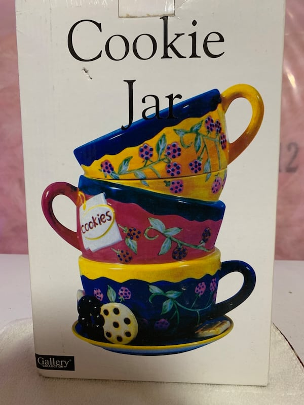 Cookie Jar  753939a8-7561-40f9-8306-5595e45ffe37