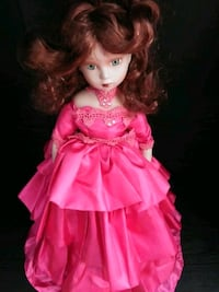 Collectionable vintage doll Las Vegas, 89147