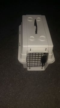 Small Cat or Puppy Crate Kennel