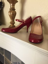 Pair of red leather peep-toe platform stilettos Newark, 94560