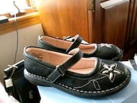 New Girls Dress Shoes Sz 2 Mogadore, 44260