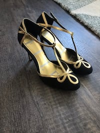 Gold and black Suede Heels, Size 7 Roselle, 60172