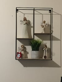 Metal decor shelf