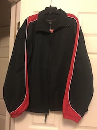 black-and-red full zipped jacket