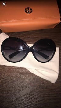 TORY BURCH SUNGLASSES  VANCOUVER