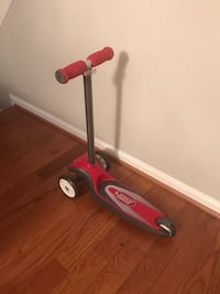 Radio Flyer Red FX EZ Glider Scooter Springfield, 22150