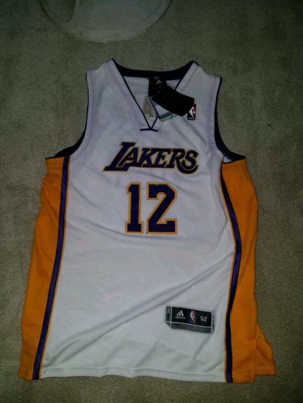 b07b44e2e Used Dwight Howard Lakers Jersey for sale in Ansonia - letgo