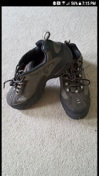 Safety shoes..