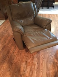 brown leather sofa chair with ottoman WASHINGTON