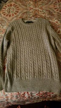 Light grey sweater size extra large women's Victorville, 92392