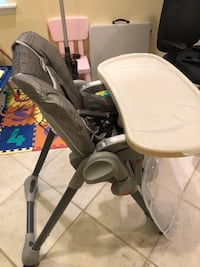 baby's gray and white highchair Arlington, 22201