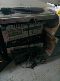 6 stereo boxes dont use has all cords all buttons  North Las Vegas, 89081