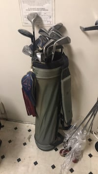 Black and blue golf bag20 clubs College Park, 20740