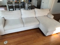 Sectional sofa w/removable washable cushion covers New Orleans, 70124