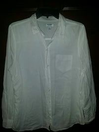 Old Navy white blouse sz LG. women.