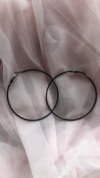 Black hoop earrings 46 km