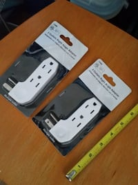 3 Outlet Right Angle Adapters - Set of 2 $5.00  Queens, 11103