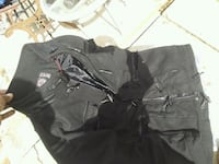 black and gray cargo pants San Diego, 92113
