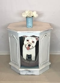 End table/side table /pet palace Middle River, 21220