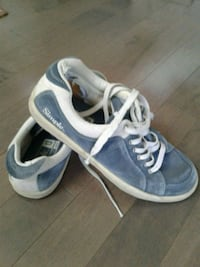"Running shoes by ""simple"" size 13 Kitchener, N2K 4J7"