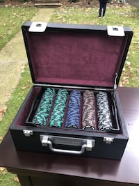 Poker chip set with case Roseland, 07068