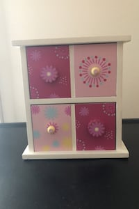 Girls Jewelry or Storage Box