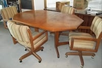 Dining chairs on casters 16030.2