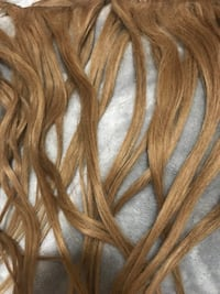 100% Human Hair Clip in Hair Extensions 9 Pieces Mississauga, L5M 4E1