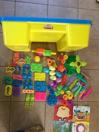 Play-Doh Table With Storage and accessories  207 mi