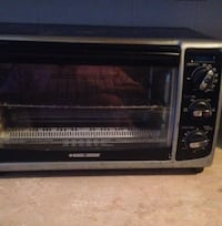 Black and gray toaster oven Cleveland, 37311