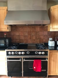 "48"" Dynasty Series Professional Stove with Grill burners with Thermador Exhaust Hood with heat lamps and Variable speed exhaust... retail value is $6k for stivwf New York, 10010"