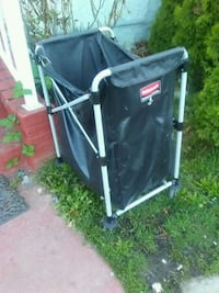 Rubbermaid Commercial laundry cart