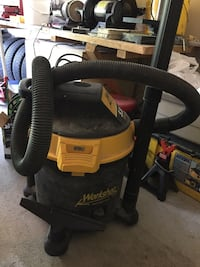 Black and yellow wet and dry vacuum cleaner Waterloo, N2T 2E6