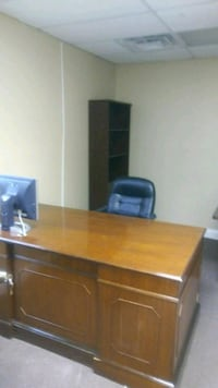 brown wooden desk with hutch Lithonia, 30058