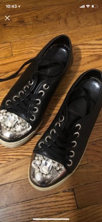 pair of black Converse All Star low-top sneakers New York, 10065