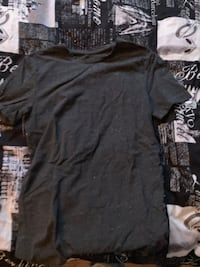 black and gray scoop neck shirt Abbotsford