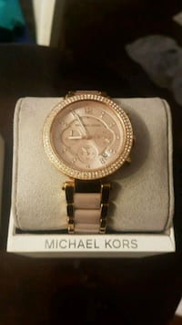 round gold Michael Kors chronograph watch with link bracelet 725 km