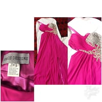 Size 4 excellent condition prom dreas Ottawa