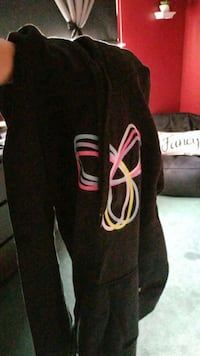 Tna black hoodie sweater size large  Mississauga, L5B 4E7